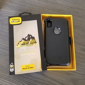 iPhone Xs Max Otterbox Defender Case